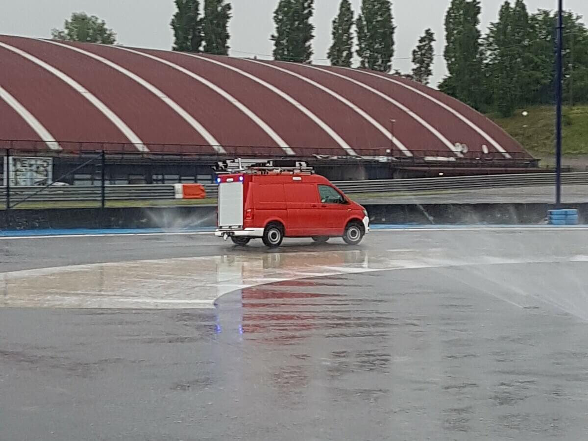 test drive veicolo personalizzato da parte di Divitec